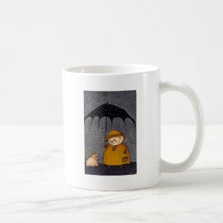 cerdo en la lluvia taza básica blanca