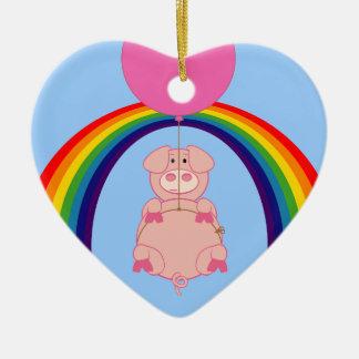 Cerdo flotante de Fying sobre el arco iris Adorno De Cerámica En Forma De Corazón