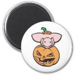 cerdo lindo en calabaza de la Jack-o-linterna Imán De Nevera