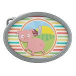 Cerdo lindo; Rayas brillantes del arco iris Hebilla De Cinturón Oval