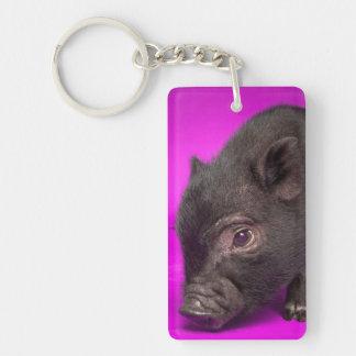Cerdo negro del bebé llavero