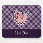 Cerdo púrpura alfombrilla de raton