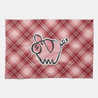 Cerdo rojo de la tela escocesa toalla