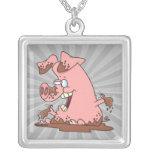 cerdo rosado feliz lindo en dibujo animado del fan collar personalizado