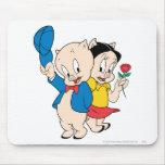 Cerdo y petunia gordinflones alfombrillas de raton