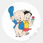 Cerdo y petunia gordinflones etiqueta redonda