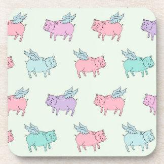 Cerdos del vuelo - verde en colores pastel posavasos de bebidas
