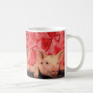 Cerdos lindos de la tarjeta del día de San Valentí Taza Básica Blanca
