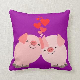 Cerdos lindos del dibujo animado en almohada del a