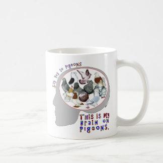 Cerebro en palomas tazas de café