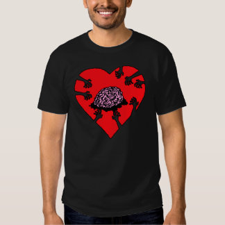¡Cerebros (del corazón)! Camiseta oscura Playeras
