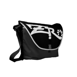 Cero Ebony (Black) Messenger Bag