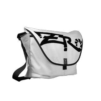 Cero Ivory (White) Messenger Bag