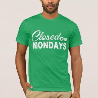 CERRADO en camiseta de la diversión de LUNES