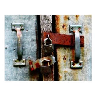 ¡Cerrado encima de firmemente! Dos barras y Tarjetas Postales