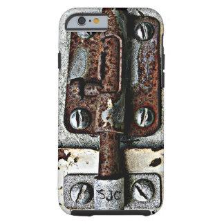 Cerradura oxidada empernada cerrada con iniciales funda de iPhone 6 tough