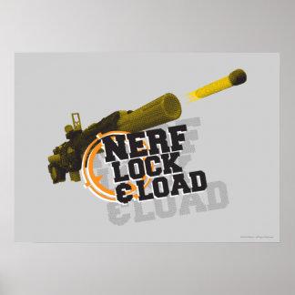 Cerradura y carga de Nerf Póster