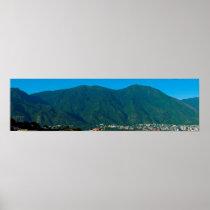 Cerro El Ávila y valle de Caracas Poster