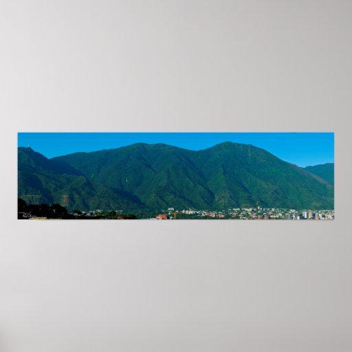 Cerro El Ávila y valle de Caracas Póster