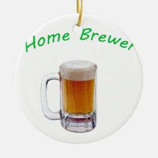 Cervecero casero adorno navideño redondo de cerámica