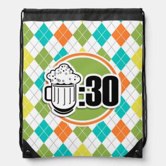 Cerveza: 30 en el modelo colorido de Argyle Mochila