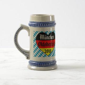 Cerveza alemana - algo tenga gusto de ella frío - jarra de cerveza