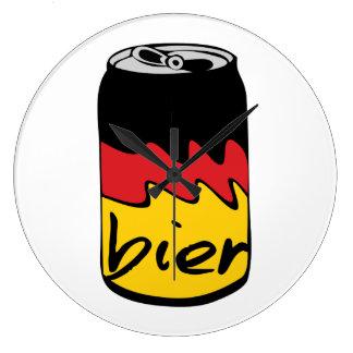 Cerveza alemana (féretro) reloj redondo grande