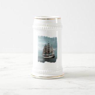 Cerveza alta magnífica Stein de la nave Tazas