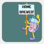 Cerveza antropomorfa de la taza del pegatina con e