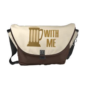 Cerveza conmigo la bolsa de mensajero de encargo bolsas messenger
