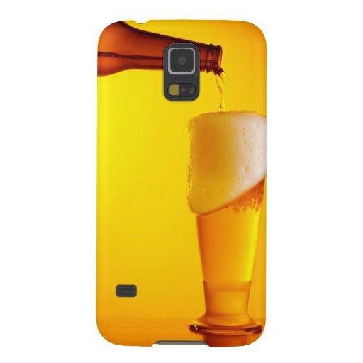 Cerveza de colada del camarero, vidrio de una bebi carcasa para galaxy s5