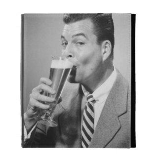 Cerveza de consumición del hombre de negocios