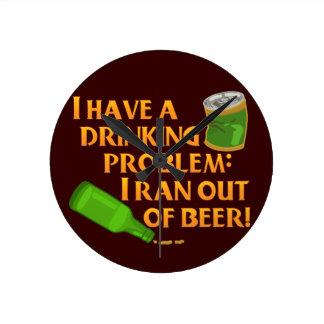 Cerveza de consumición divertida relojes de pared