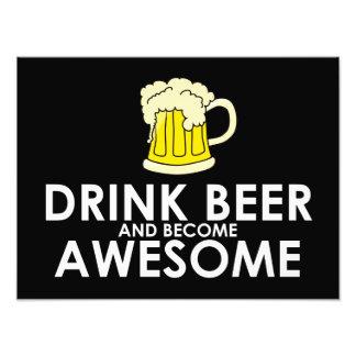 Cerveza de la bebida y llegado a ser impresionante foto