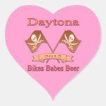 Cerveza de los bebés de las bicis de Daytona 2012 Pegatina En Forma De Corazón