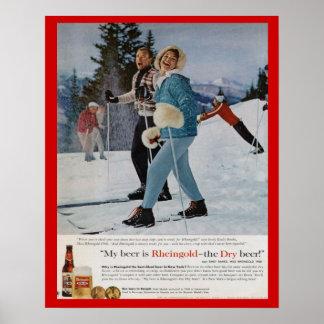 Cerveza de Rheingold de los deportes de invierno d Poster
