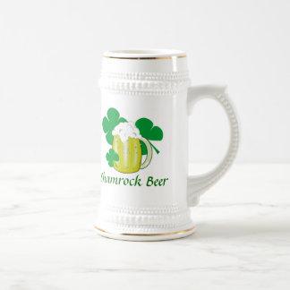 Cerveza del trébol jarra de cerveza
