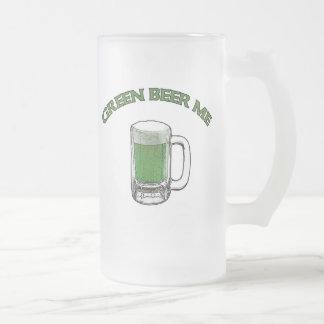 Cerveza del verde del día de St Patrick yo taza