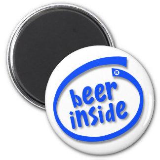 Cerveza dentro imán redondo 5 cm