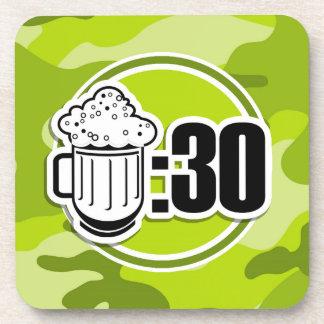 Cerveza divertida: 30, camo verde claro, camuflaje posavaso