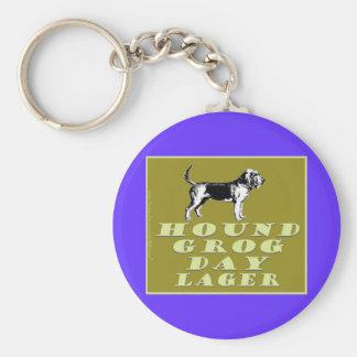 Cerveza dorada del oro del día del grog del perro llavero redondo tipo pin