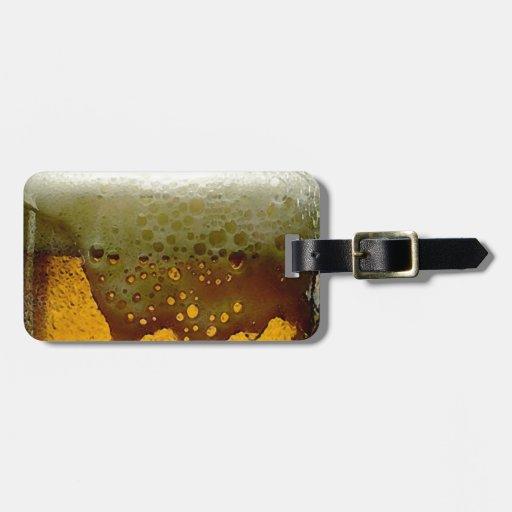 Cerveza espumosa etiquetas de maletas