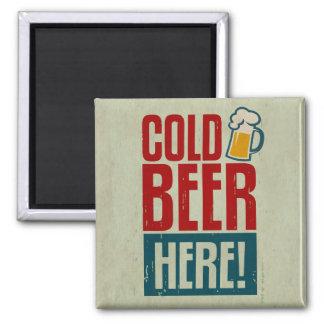 Cerveza fría imán cuadrado