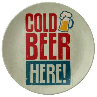 Cerveza fría platos de cerámica