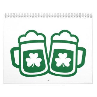 Cerveza irlandesa verde calendarios de pared