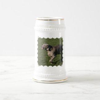 Cerveza juguetona Stein del perro de Weimaraner Jarra De Cerveza
