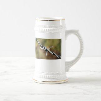 Cerveza Stein con diseño del alambre de púas Taza De Café