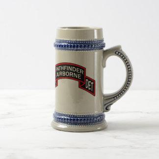 Cerveza Stein con la voluta de la compañía Jarra De Cerveza