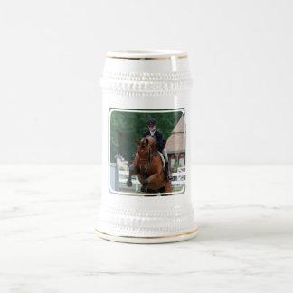 Cerveza Stein de la demostración del caballo del Jarra De Cerveza