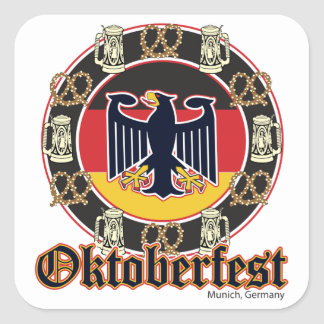 Cerveza y pretzeles de Oktoberfest Pegatina Cuadradas Personalizada